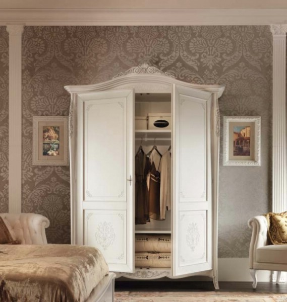 Classic bedroom wardrobe with 2 doors made of wood Gran Guardia 4