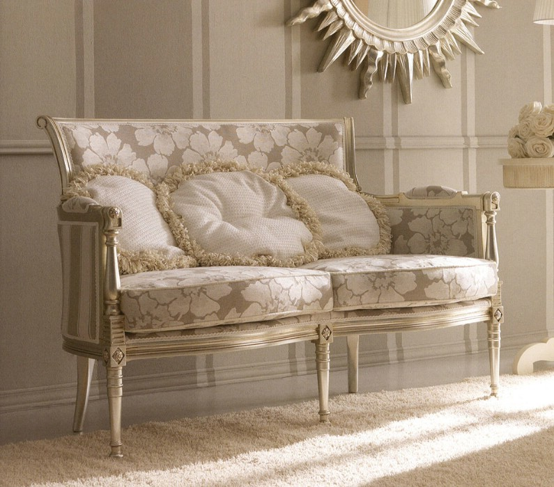 Classic luxury living room furniture Kelly 2