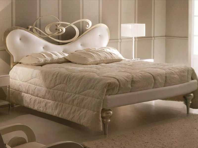 Bedroom classic furniture Meteora Italy