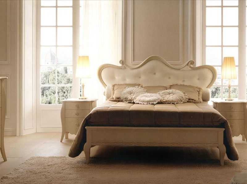 Classic luxury style bedroom furniture Eros