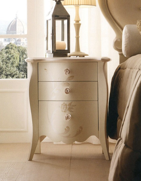 Classic style deluxe bedroom furniture Eros - Luxury Italian Bedroom Furniture