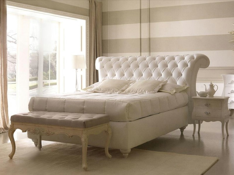 Classic luxury bedroom furniture Monte Napoleone