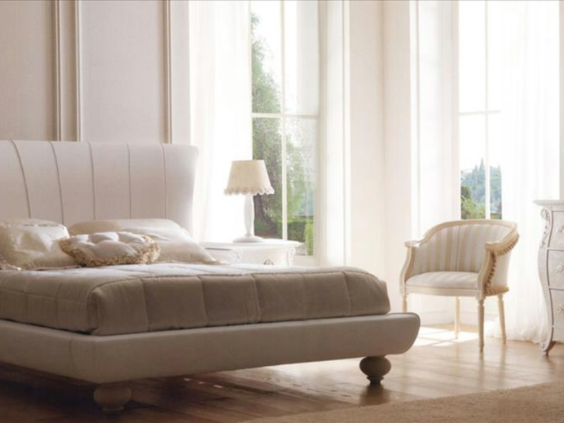 Classic luxury bedroom furniture Airone