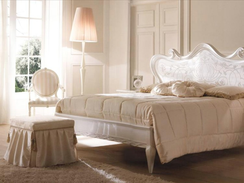 Classic bedroom furniture Florian