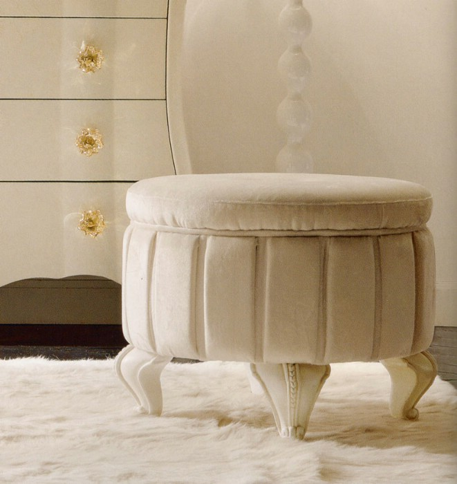 Classic luxury white bedroom furniture Chloe 6