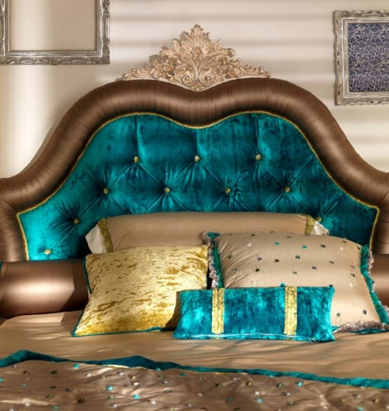 Upholstered bed Granguardia 2