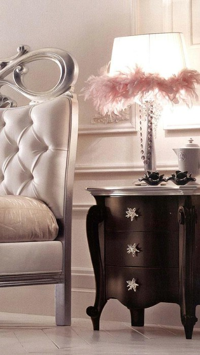 Classic luxury bedroom furniture Charlotte Silver 3