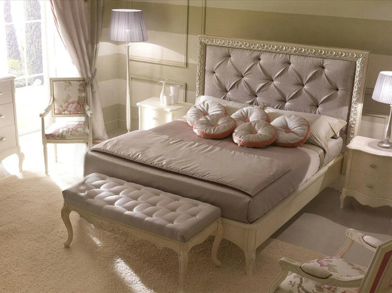 Classic luxury bedroom furniture Rudy