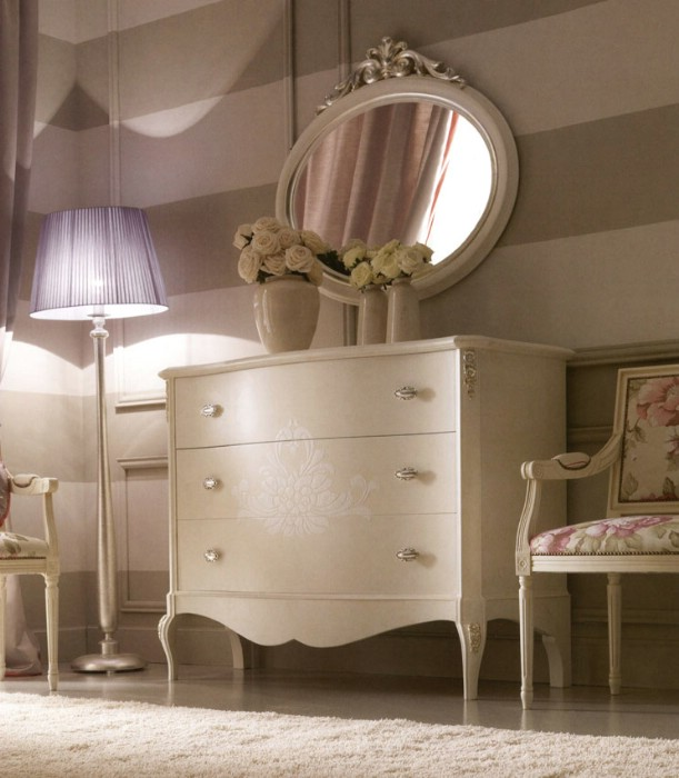 Classic luxury bedroom furniture Rudy 4