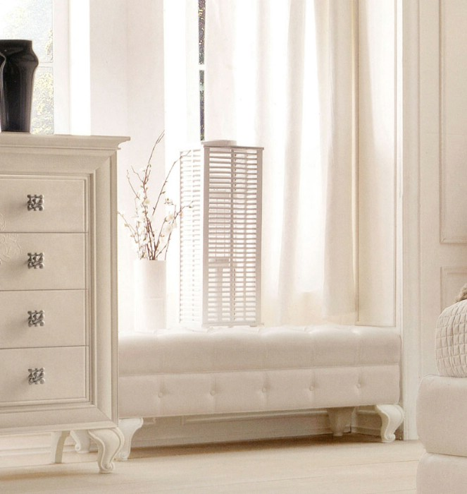 Classic luxury bedroom furniture Amelie White 6
