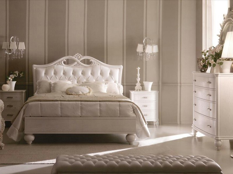 Bedroom classic furniture Italy › Italian white luxury bedroom ...