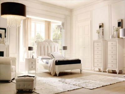 Classic luxury bedroom furniture Ines - Luxury Italian Upholstered Beds