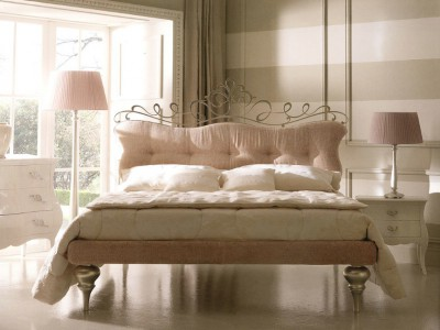 Classic bedroom furniture Glamour - Luxury Italian Upholstered Beds