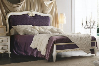 Classic luxury bedroom furniture Live - Luxury Italian Upholstered Beds
