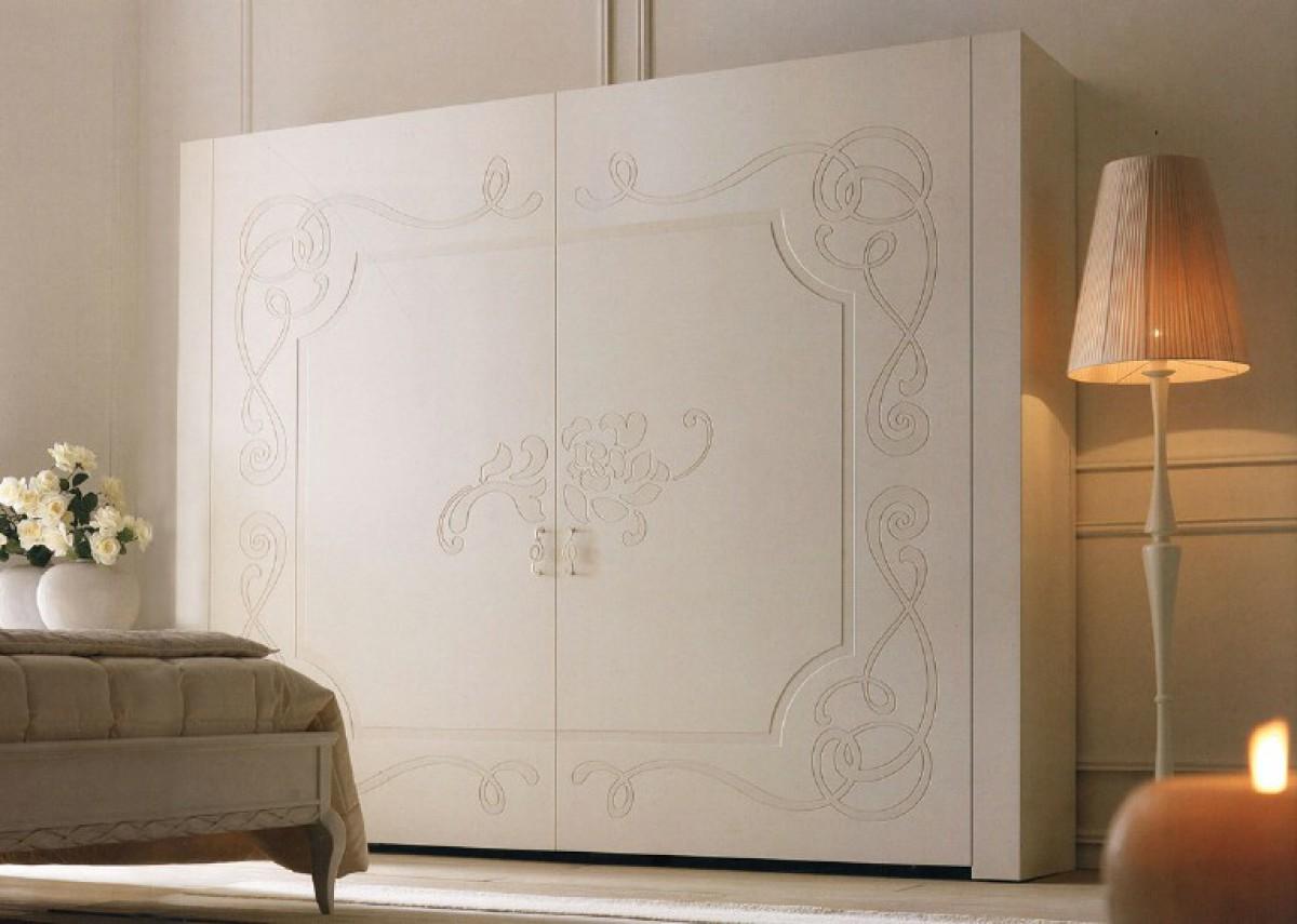 Armoire de chambre classique en bois Levis