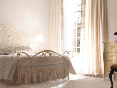 Classic luxurious bedroom furniture Gisel