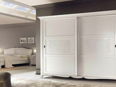 Classic bedroom wardrobe made of wood New Deco